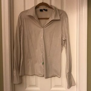 Beautiful cotton blend dress shirt w/ luxe sleeves